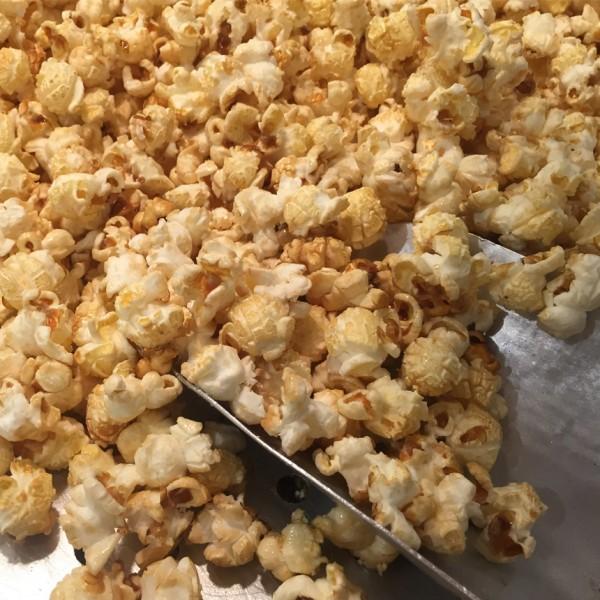 Popcornmaschine-mieten-confetti